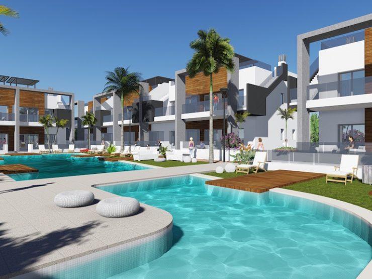 Top floor apartment with solarium in Guardamar del Segura, Costa Blanca South, Alicante
