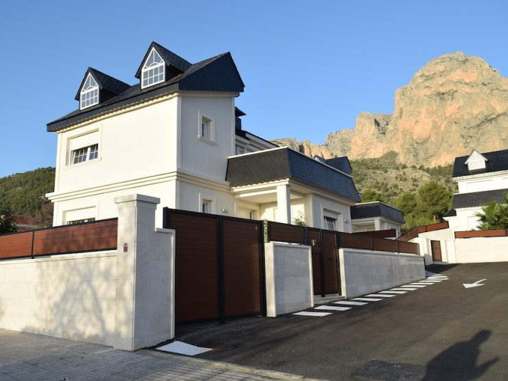 Villa in Polop, Costa Blanca North, Alicante