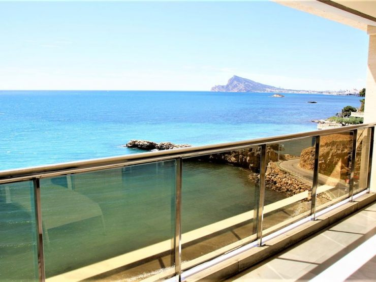 Front line apartment in Altea, Costa Blanca North, Alicante