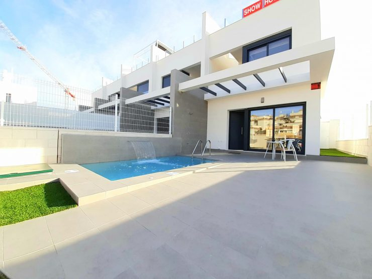 Townhouse in Villamartin, Costa Blanca South, Alicante, Spain