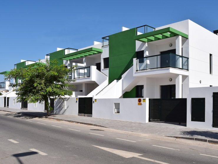 Maisonnette près de la plage à Mil Palmeras, Costa Blanca Sud, Alicante
