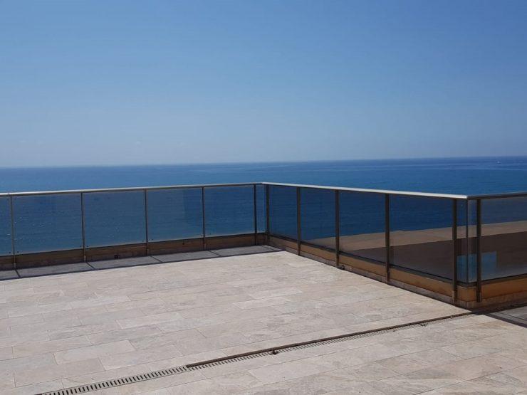 Ático con magníficas vistas al mar en Alicante, Costa Blanca Sur, Alicante, España