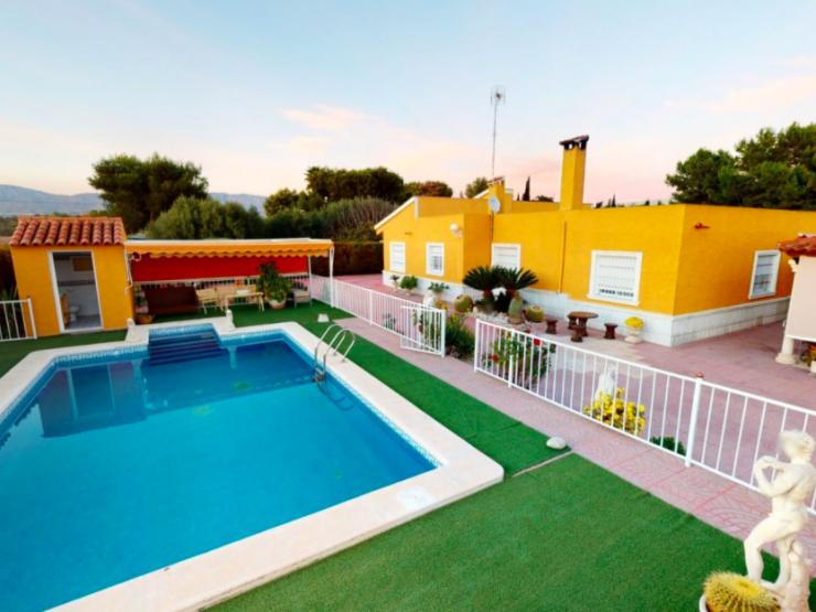 Beautiful villa in Crevillente, Costa Blanca South, Alicante, Spain