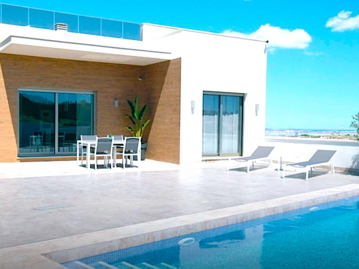 Modern detached villa in San Miguel de Salinas-Villamartin area, Alicante, Spain
